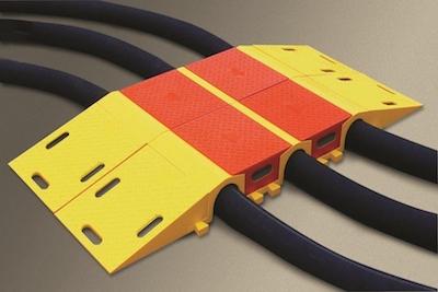 Checkers™ Diamondback® Schlauchbrückensysteme