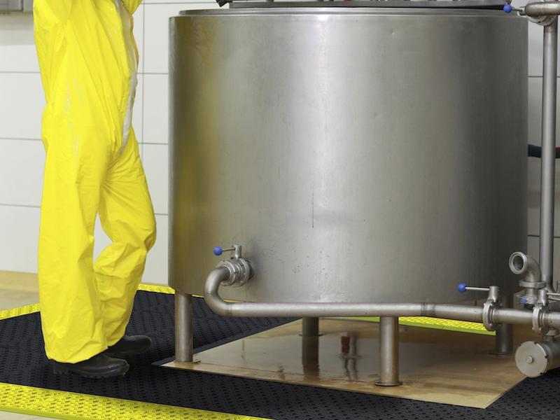 Anti Ermüdungsmatten für feuchte & ölige Arbeitsbereiche