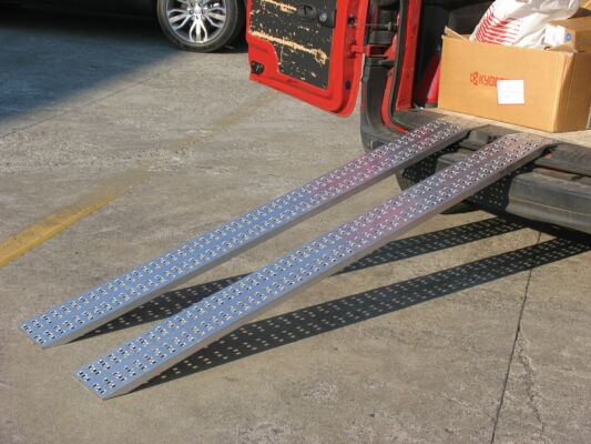 Lightweight Loading Ramps - Domestic Use Only (2990x300x1000kg)