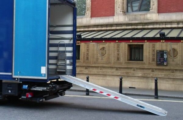 Viper truck ramp resting on lorry